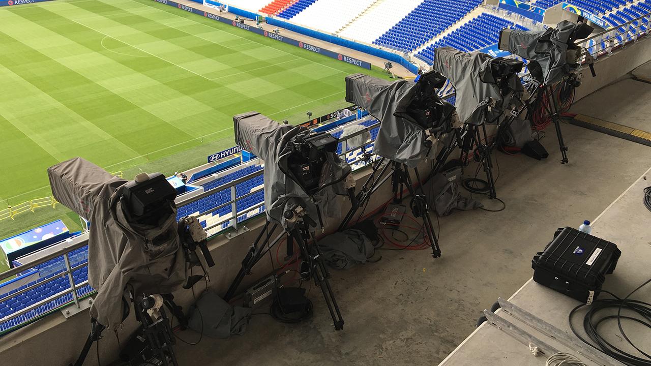 TV- Kameras im Stadion / Foto: stage223.com