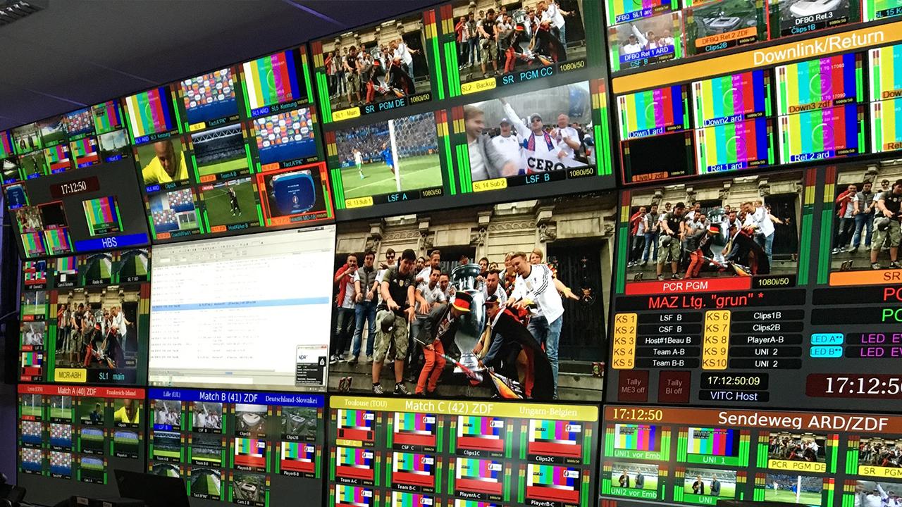 ARD-ZDF Schaltraum zur Fußballübertragung / Foto: stage223.com