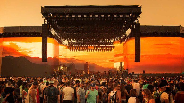L-Acoustics System auf der Mainstage des Coachella-Festivals in Indio, Kalifornien
