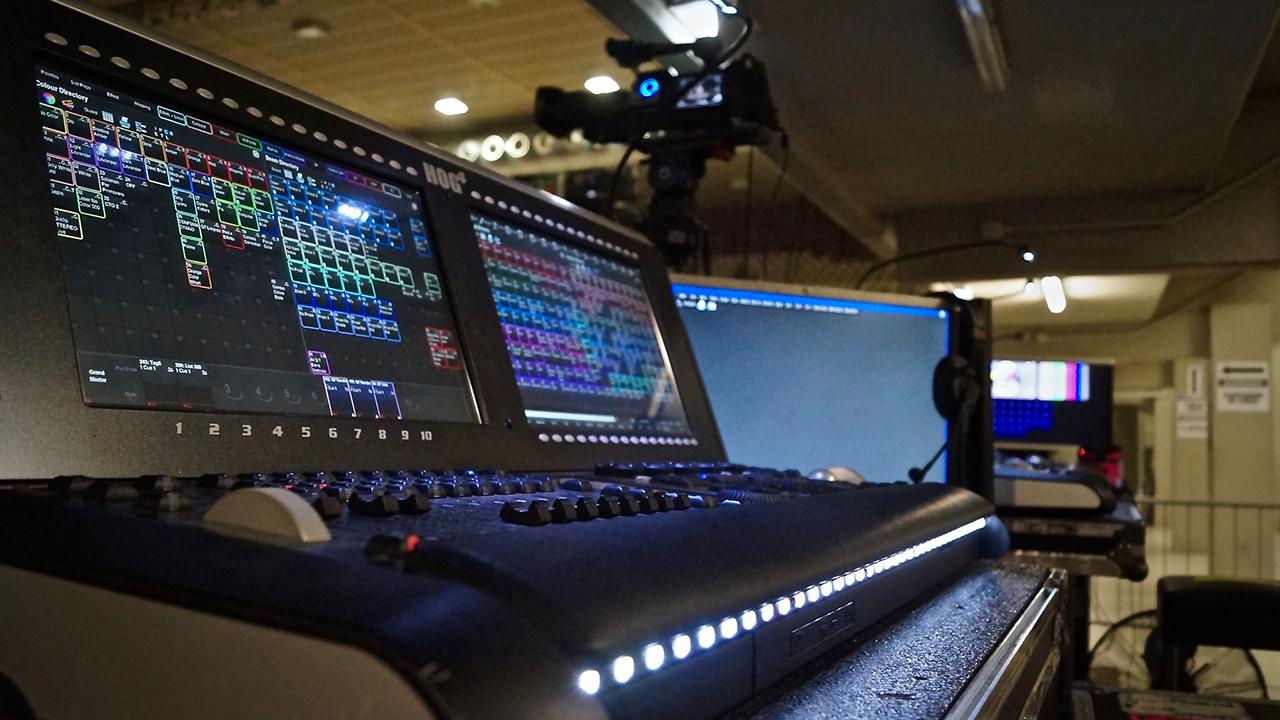 """Steht für """"Zuverlässigkeit, Schnelligkeit und Flexibilität"""": Die Hog 4-Lichtkonsole von High End Systems"""