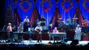 Brian Wilson auf Weihnachtstour: Die SolaFrame 2000-Scheinwerfer sorgten u.a. für die Festtagsbeleuchtung