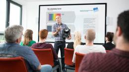 Erfolgreicher Start der Adam Hall Academy – Umfangreiches Angebot und zufriedene Teilnehmer der DEAplus PROseminare