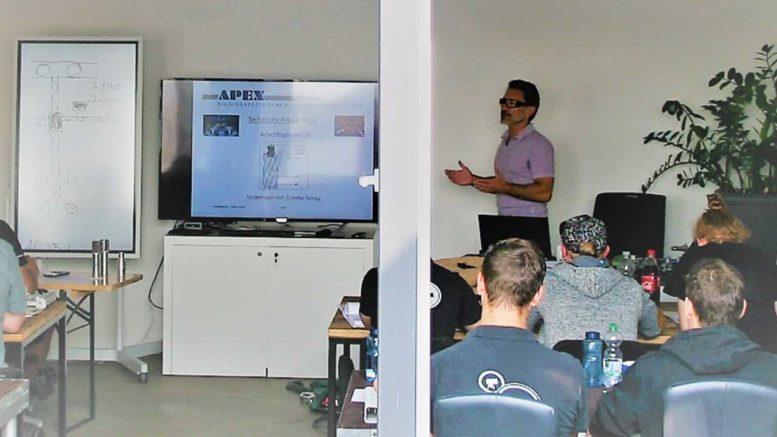 Seminar bei der Apex Riggingschule (Foto: Aventem)