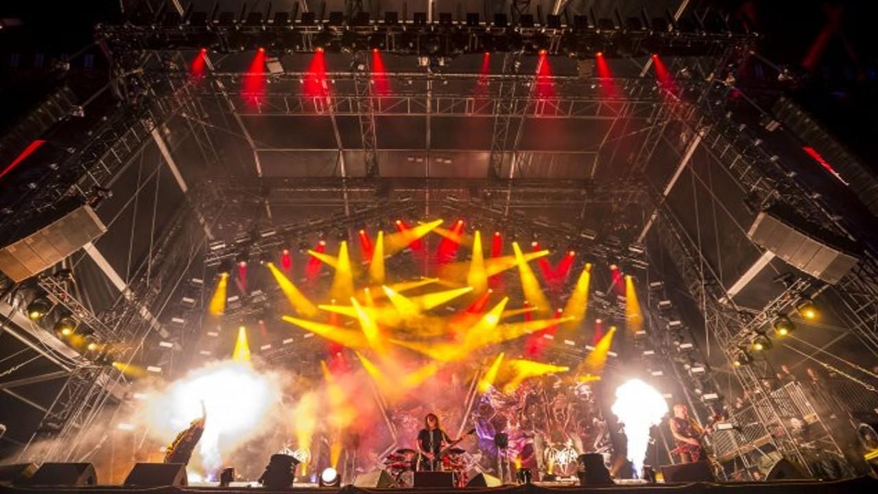 Movecat Bühnenkinetik beim letzten Gig von Slayer (Foto: Olaf Malzahn)
