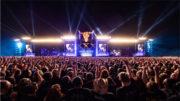 Parallele Steuerung von zwei Bühnen zu den Klängen von Sabaton beim Wacken Open Air (Foto: Rolf Klatt)