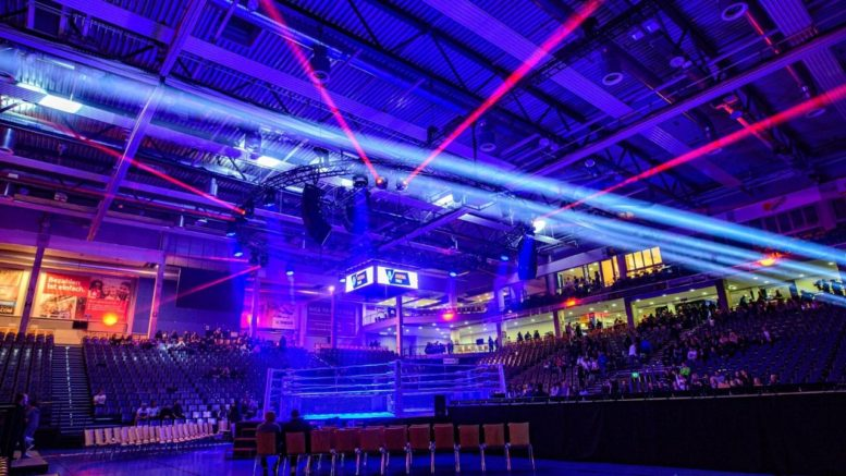 IFC MMA: Kampfsport live in Trier mit RCF HDL 30-A Line Arrays