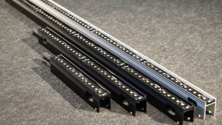 Back in Black - SGM erweitert seine VPL-Serie mit schwarzen LED-Strips und weiterem Zubehör